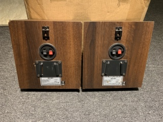 Wharfedale WH-SR1 Surround Speaker (Used) Img_4533