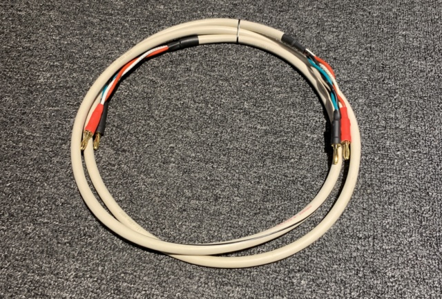 AudioQuest FLX-14/4 Speaker Cable (Used) Img_4710