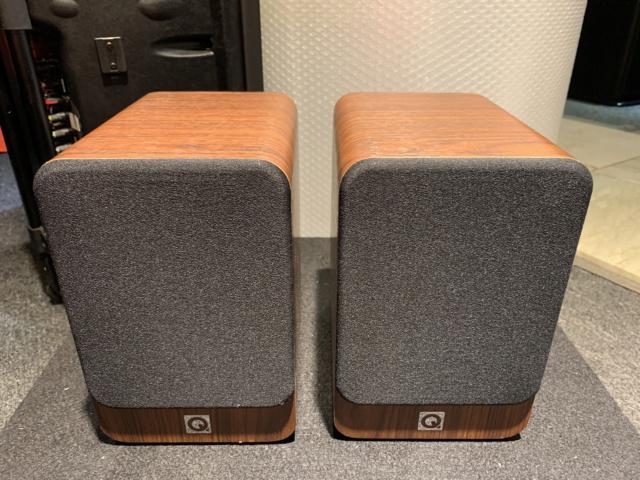 Q-Acoustics 2010i Bookshelf Speaker With Box (Used) SOLD Img_6916
