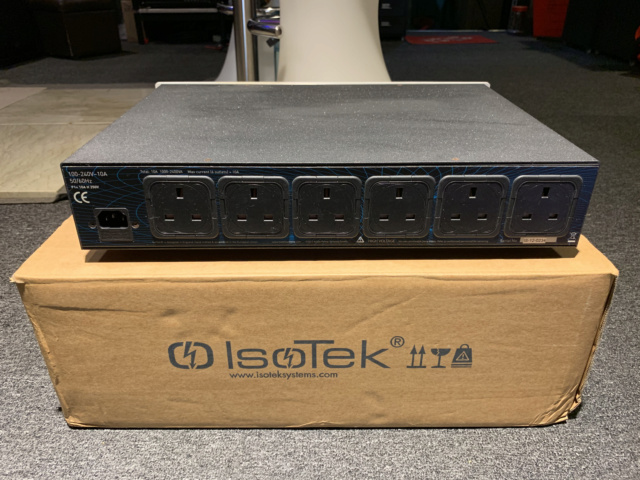 Isotek Solus Power Conditioner (UK) (Used) SOLD Img_7412