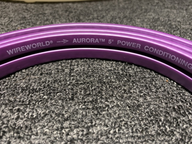 Wireworld Aurora 5.2 Power Cord 2m (Used) Img_8226