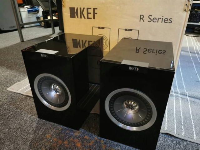 KEF R100 Bookshelf Speaker (Used) Whatsa87