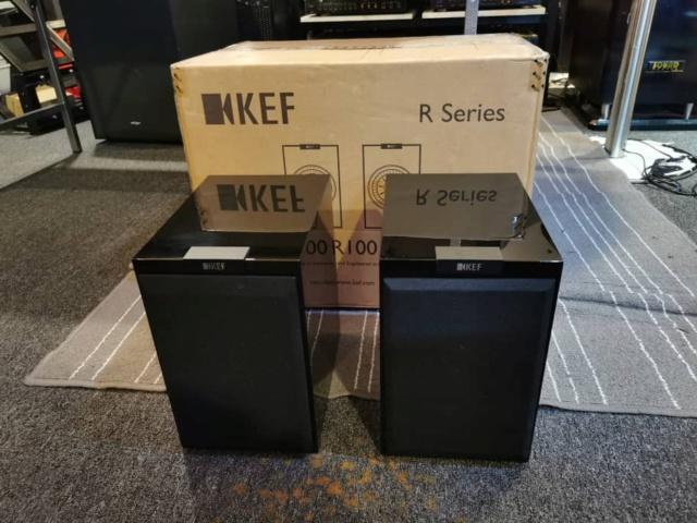 KEF R100 Bookshelf Speaker (Used) Whatsa91