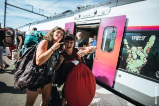 Clisson : Helfest, train spécial Bordeaux/Clisson Dgotcx10