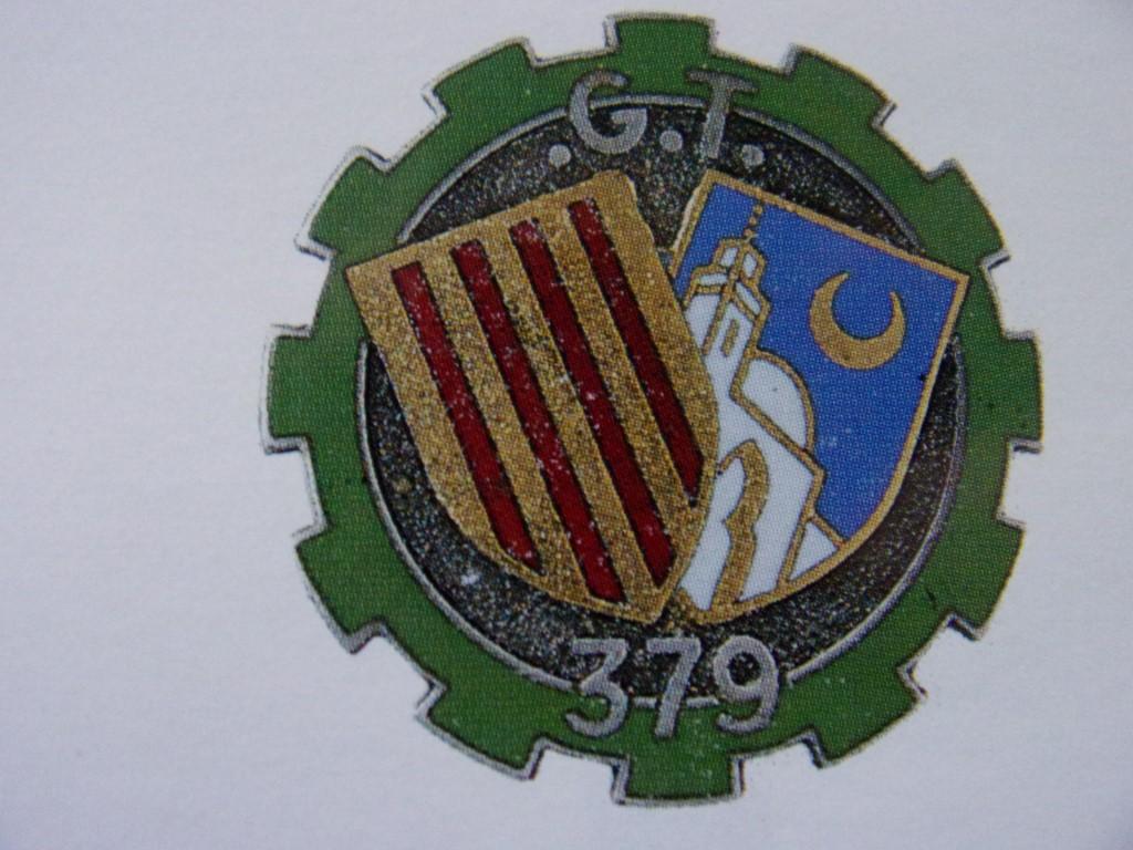 Identification insignes , pattes de col. 105_0812