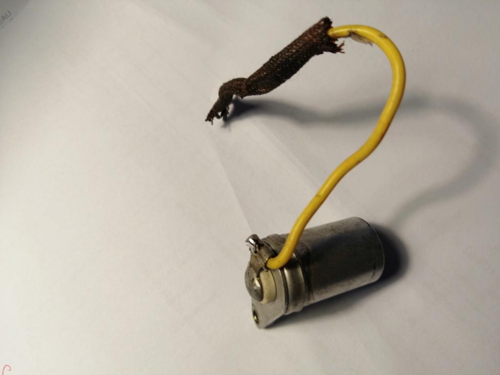 Condensateur inconu sur moteur alter 15879210