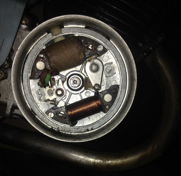 Condensateur inconu sur moteur alter Img_0310