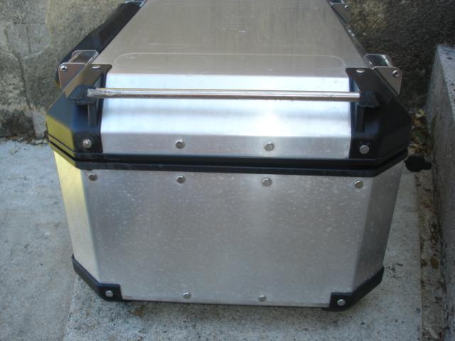 (VDS)TOP CASE GIVI TREKKER 58L Dsc04121
