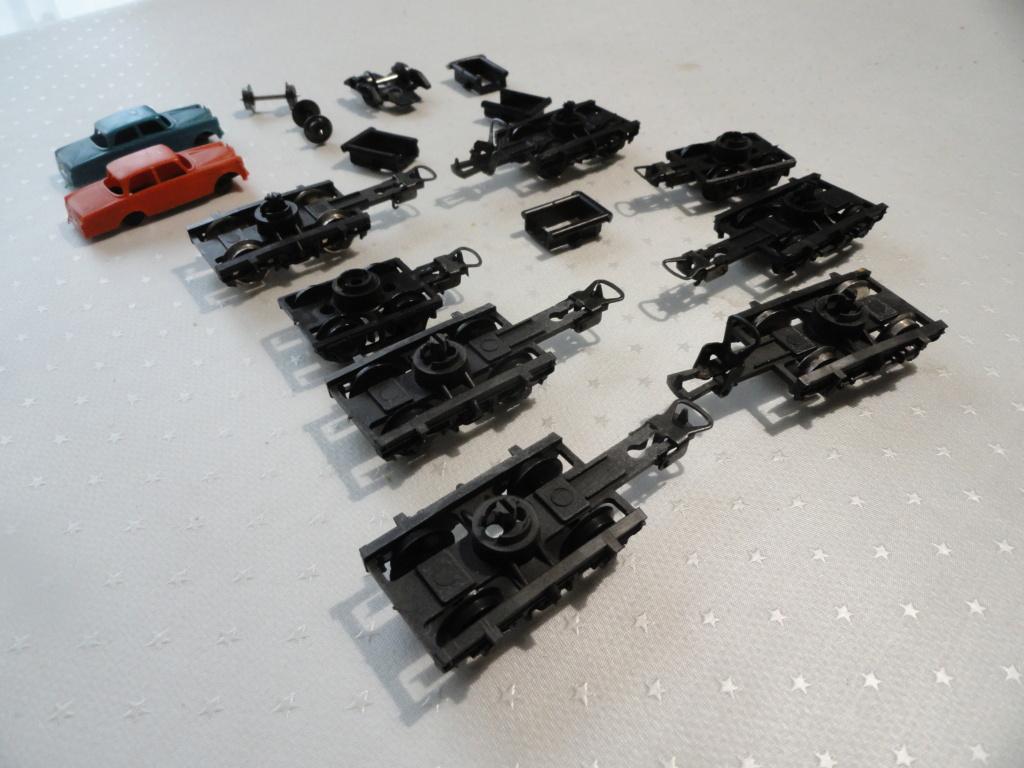 Lot de pièces détachées LIMA boggies roues ... 8 euros le lot Dsc02112