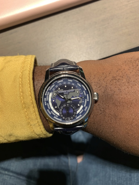 constant - News : Frederique Constant Worldtimer Navy Blue - Page 5 Afd6be10