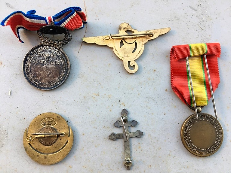 Estimation médailles Karouba, poilu d'orient et autres  A9a02211