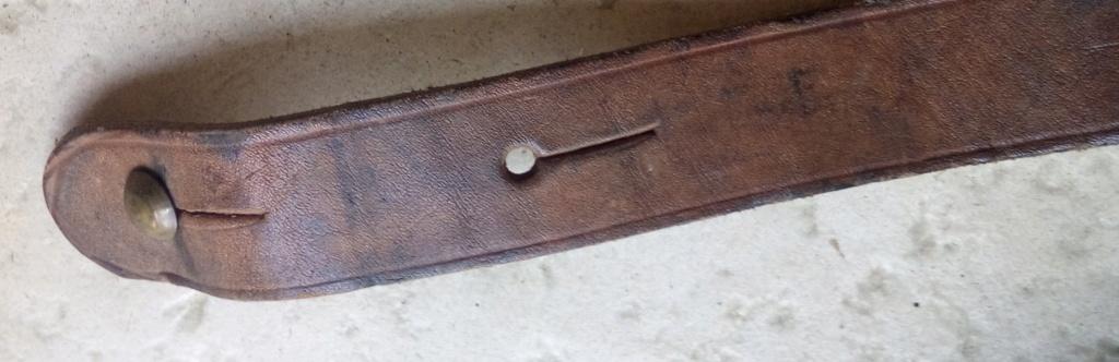 identification bretelle d'arme  Img_2234