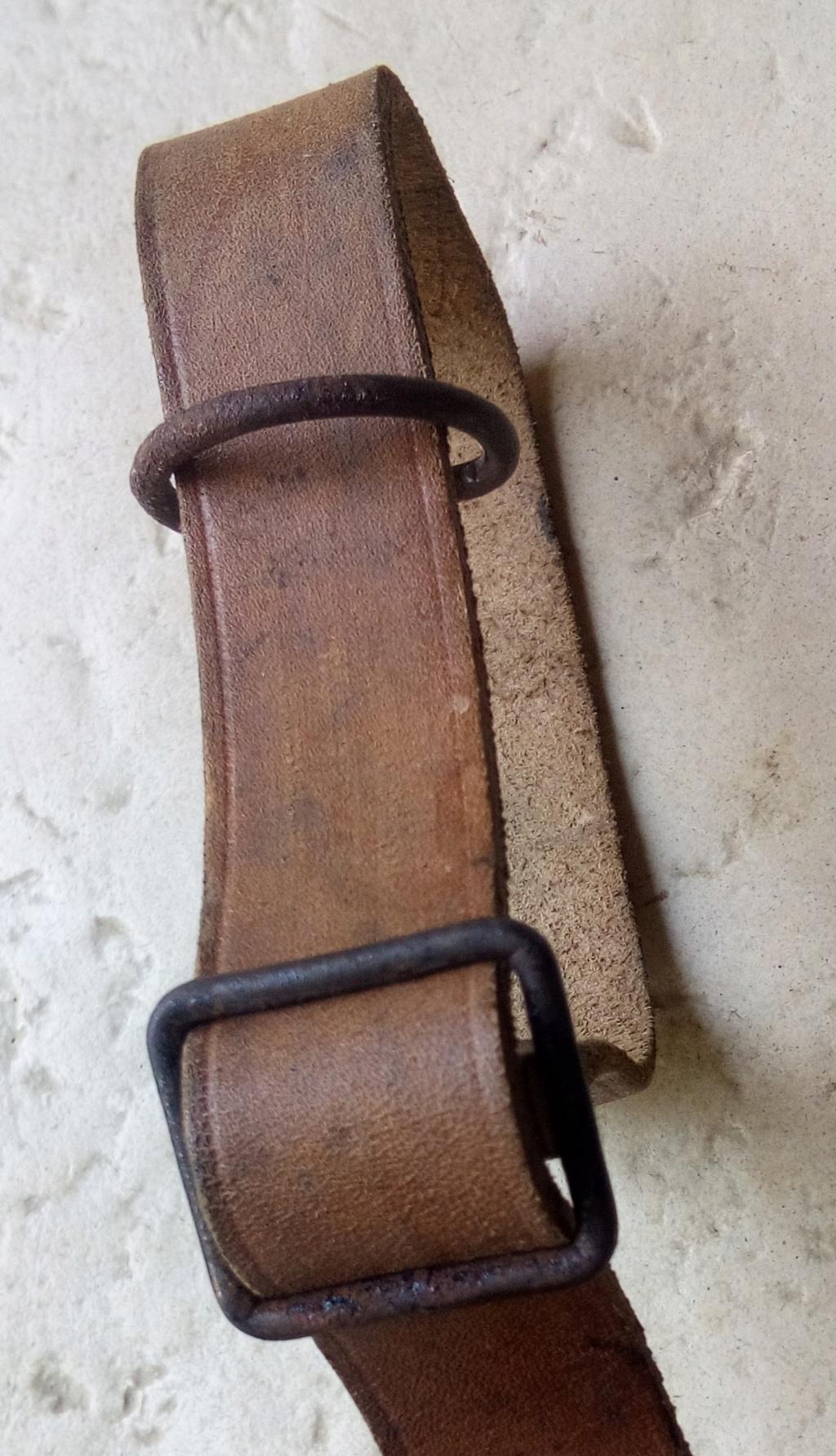 identification bretelle d'arme  Img_2235