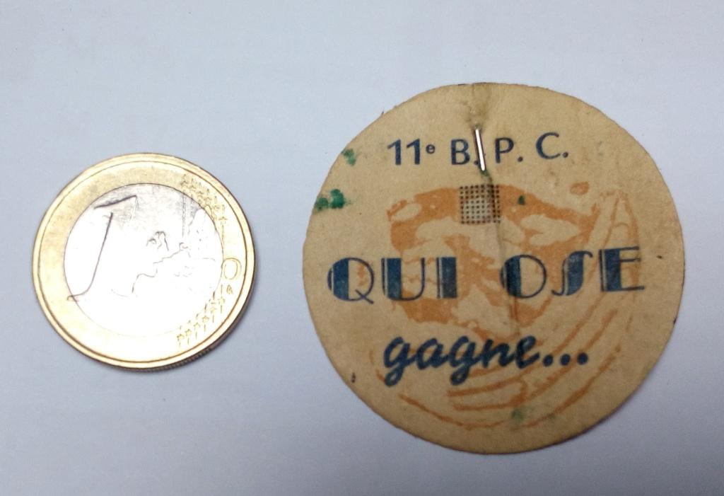 Petit insigne papier 11eme BPC...Usage ? Img_2240