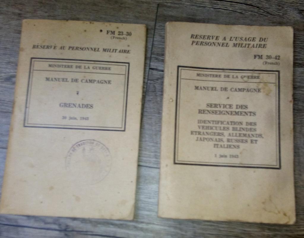 brocante...divers manuels, cartes postales aviation et autres,BDP et une suprise Img_2443