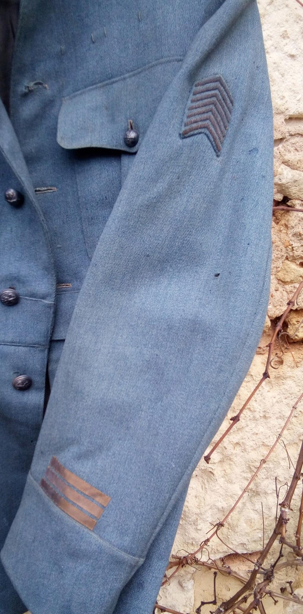 Brocante pluvieuse....Vareuse BH capitaine du 218 RAC, Brotbeutel regimenté Img_2626