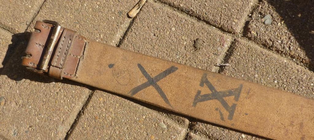 signification marquage ceinturon 03/14 P1070516