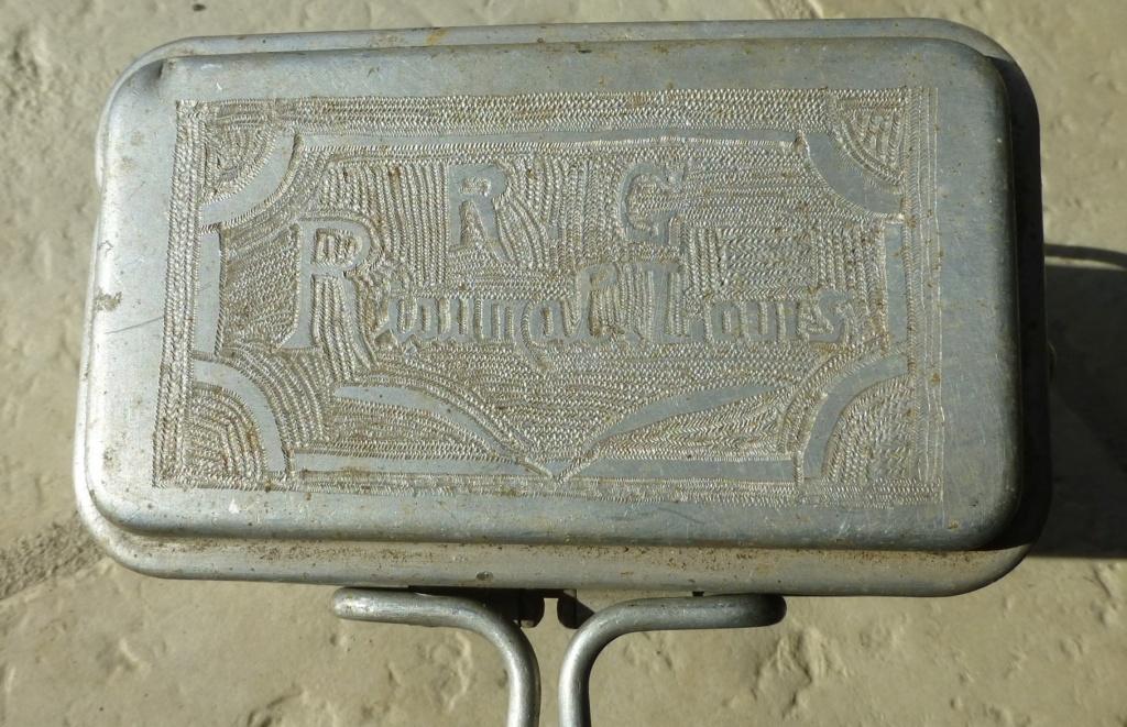gamelle 35 gravée du 194 ème RALT   1940 P1070662