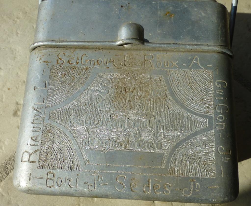 gamelle 35 gravée du 194 ème RALT   1940 P1070664