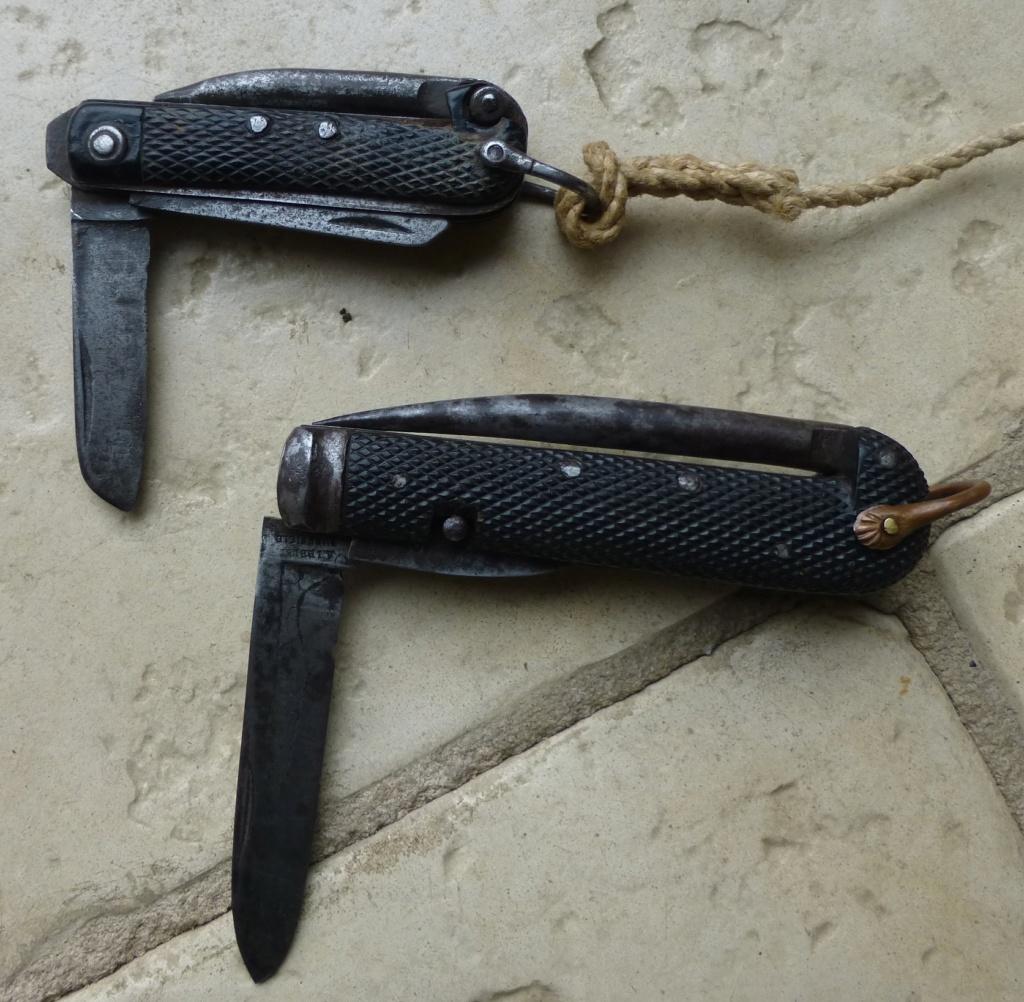 """Les """"jack knives"""", couteaux pliants du Tommy P1070719"""