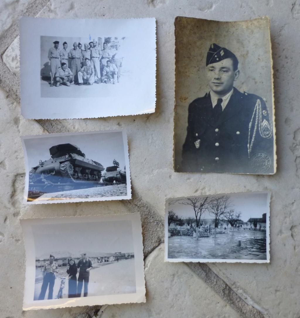 vide grenier du matin: photos, livret, képi ... P1070859