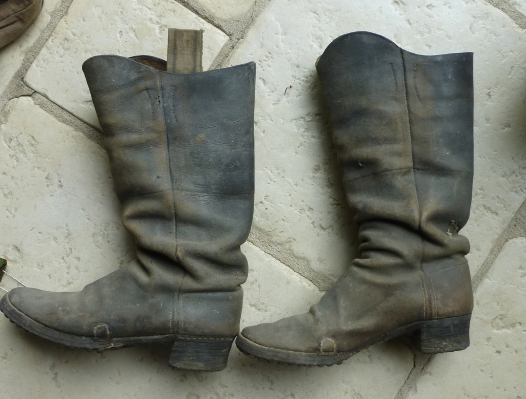 identiication bottes, militaires? de cavalier? P1080158