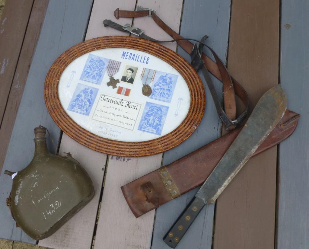 brelage léger, bidon, machette GB, cadre de décos..... P1080536