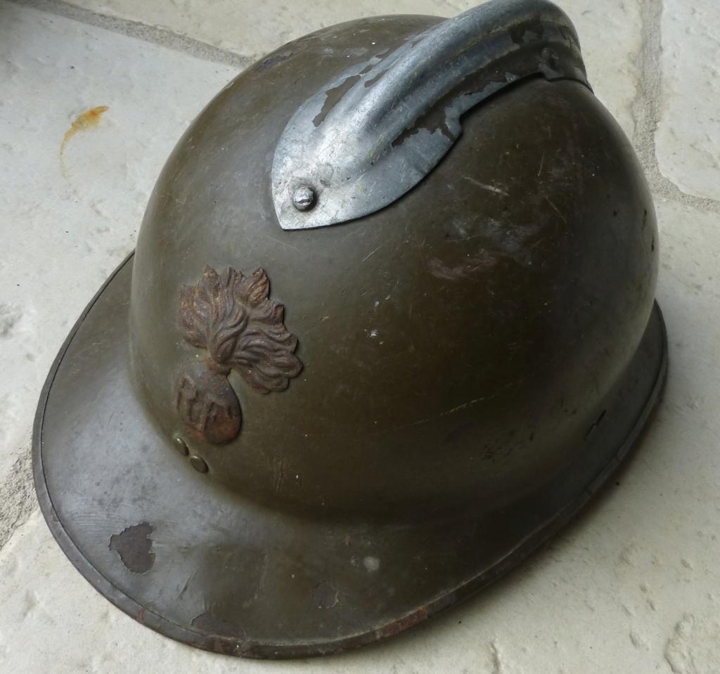 guetres mod 38, coque de 26, livret troupes coloniales. P1080926