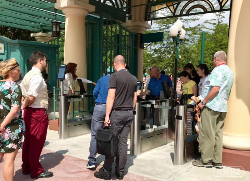 MagicPass: technologie RFID à Disneyland Paris  - Page 4 Captur37
