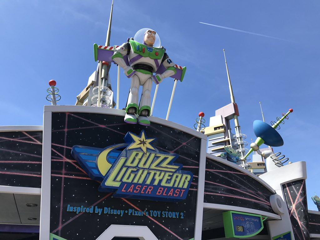Buzz Lightyear Laser Blast (2006) D6cq8c10