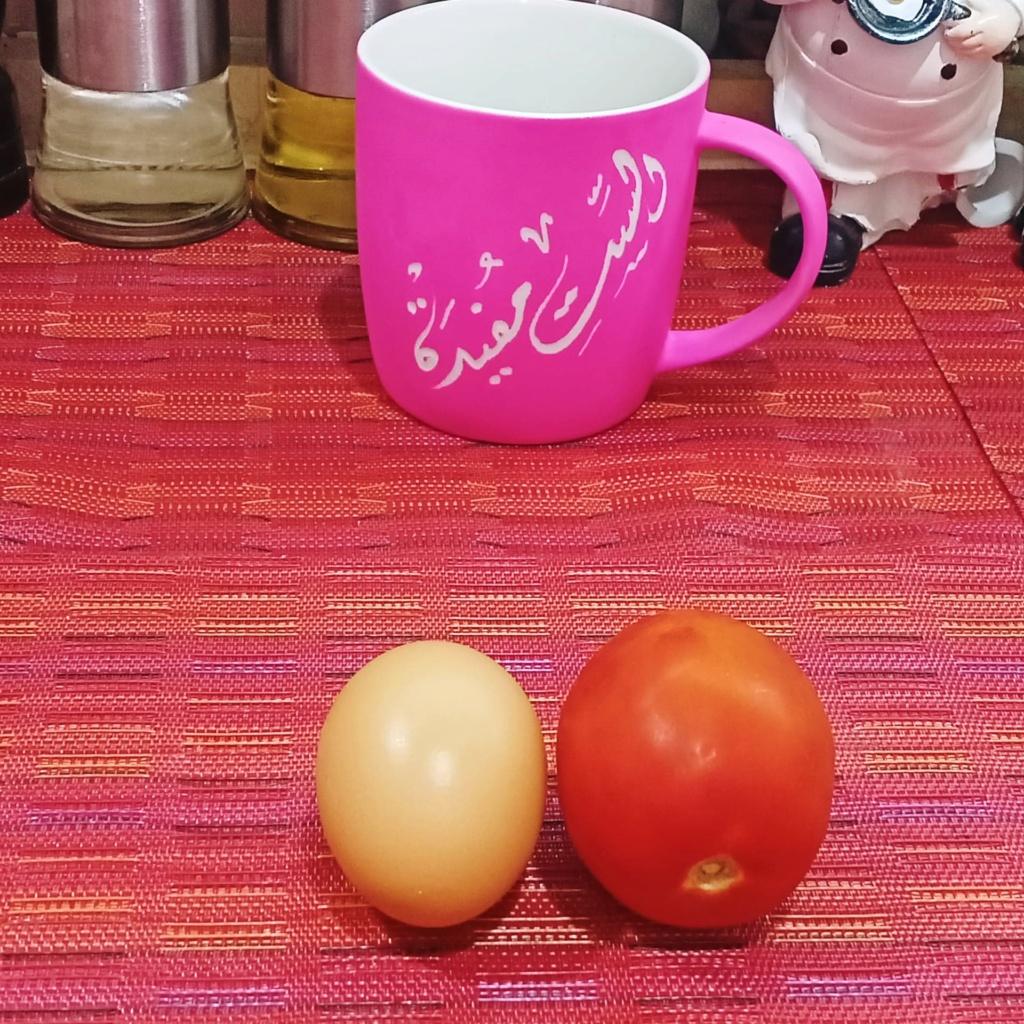 عندك حبة طماطم وبيض جربي وصفتنا هتبهرك النتيجة فطار او عشاء لذيذ مع الست مفيدة_ Fast breakfast 19245710