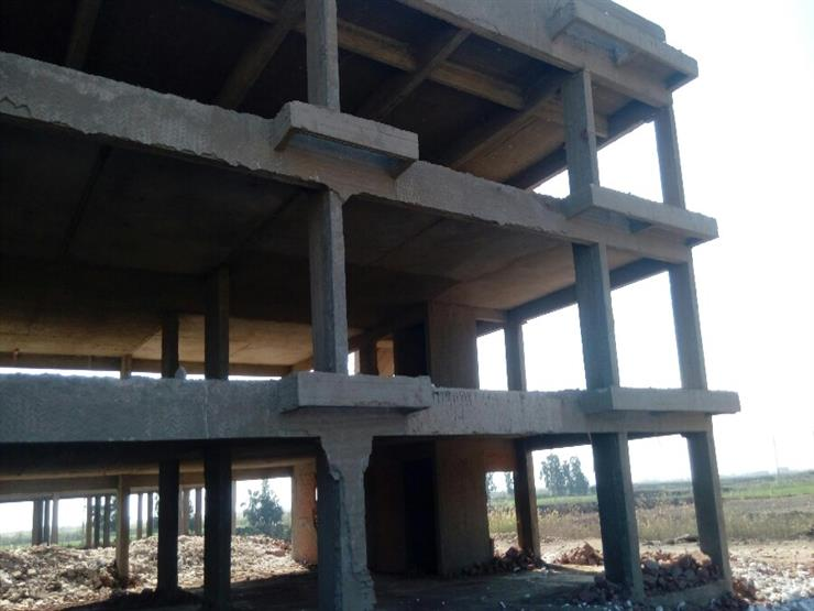 مصدر حكومي يكشف موعد استئناف البناء فعليا وفق الضوابط الجديدة 2018_123