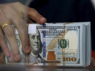 """مصادر: المالية تلغي """"الدولار الجمركي"""" وتعمل بالسعر الحر من أول سبتمبر 2019_813"""