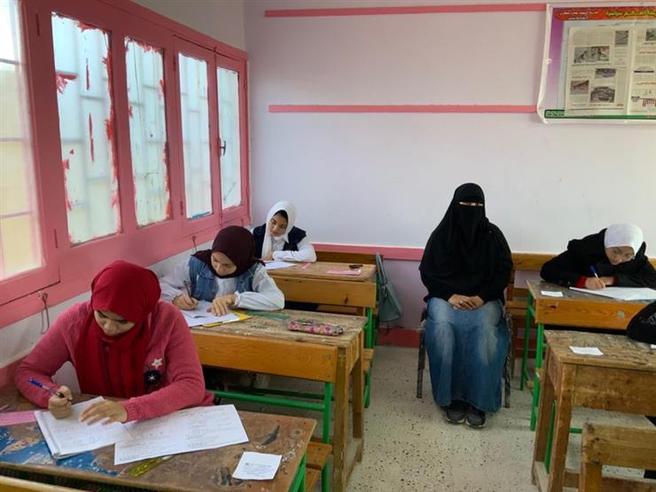 الحكومة توضح حقيقة فرض رسوم على امتحانات الإعدادية والثانوية العام المقبل 2020_118
