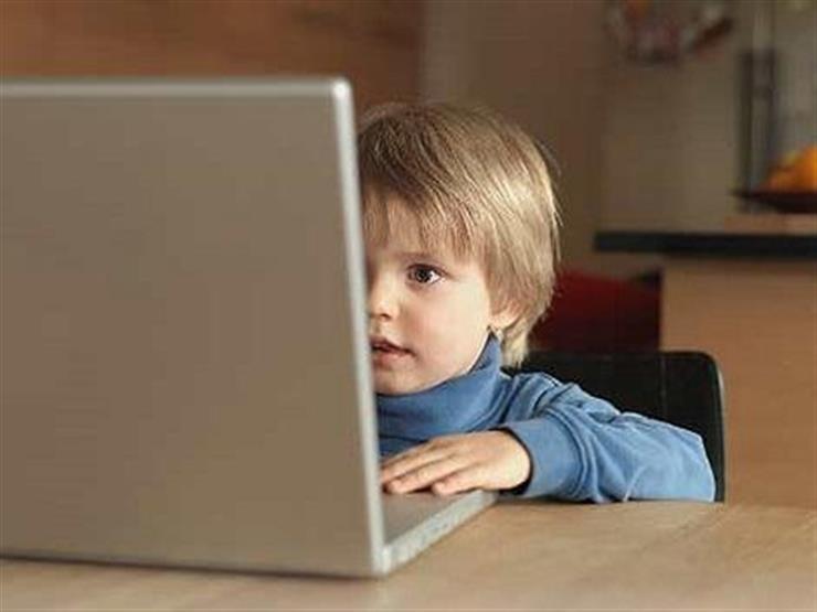 """بعد انتحار طفل بسبب """"تيك توك"""".. كيف تحمي أولادك من مخاطر الإنترنت؟ 2020_711"""