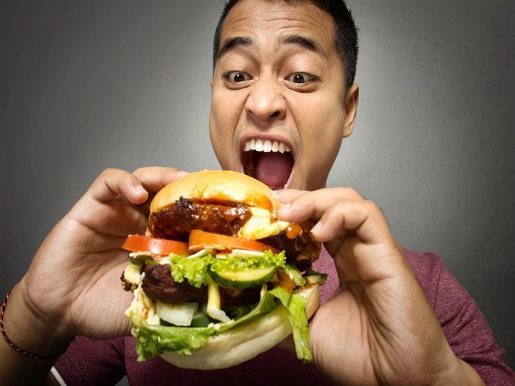 لا تشرب بعد الأكل.. 6 حلول لـ6 عادات خاطئة تضر بالجهاز الهضمي دون أن تدري 2020_919