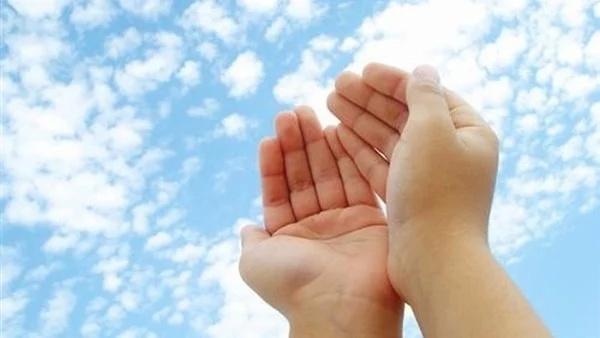دعاء الرزق في الصباح .. بـ23 كلمة يقيك الله من فضيحتي الفقر والدين 331_we10
