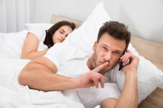 8 طرق لمنع الخيانة الزوجية 50868610