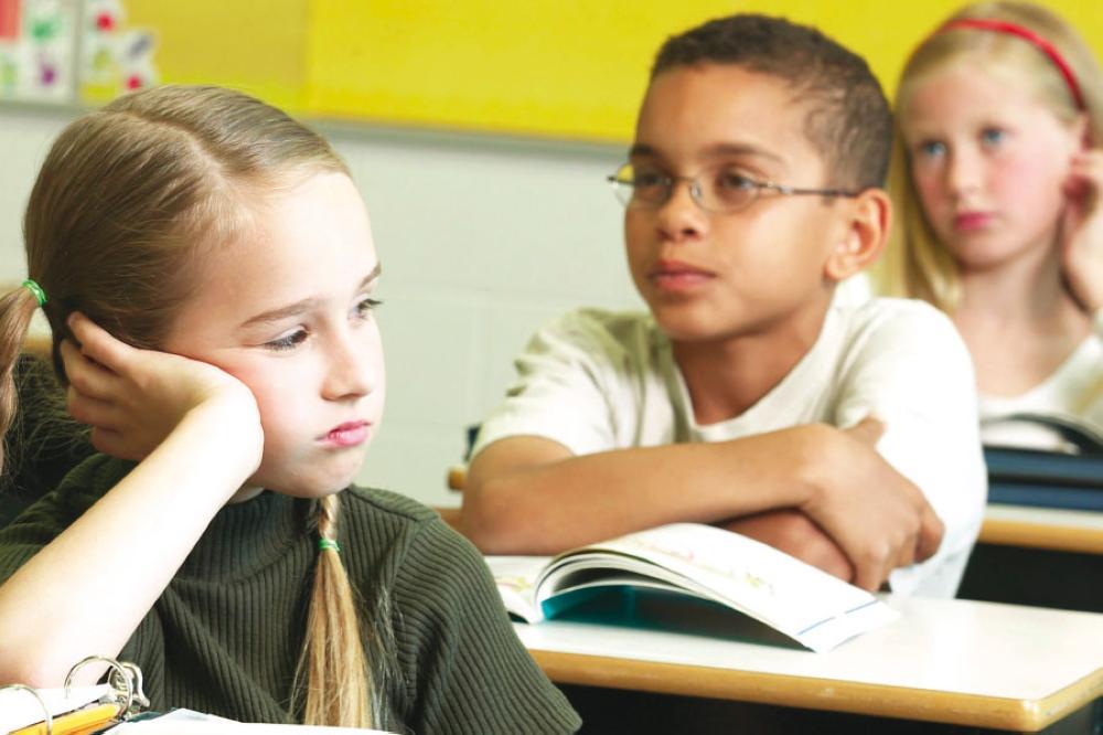 كيفيّة التعامل مع الطفل المشتت الذهن 8828710