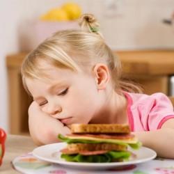 أسباب فقدان الشهية عند الأطفال وطرق العلاج Articl20