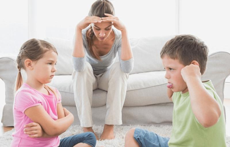 عادات سيئة لا بد أن يفعلها جميع الأطفال Cssvbn10