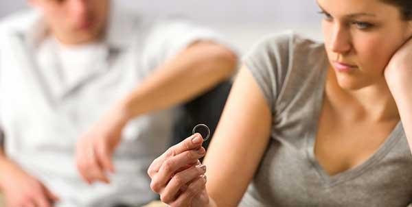 آثار المشاكل الزوجية علي العلاقة  Eo-aaa10