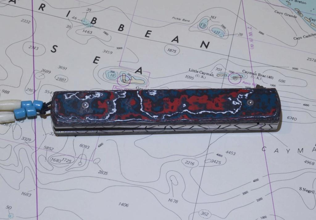 les couteaux du trefle - Page 10 Dsc_0036