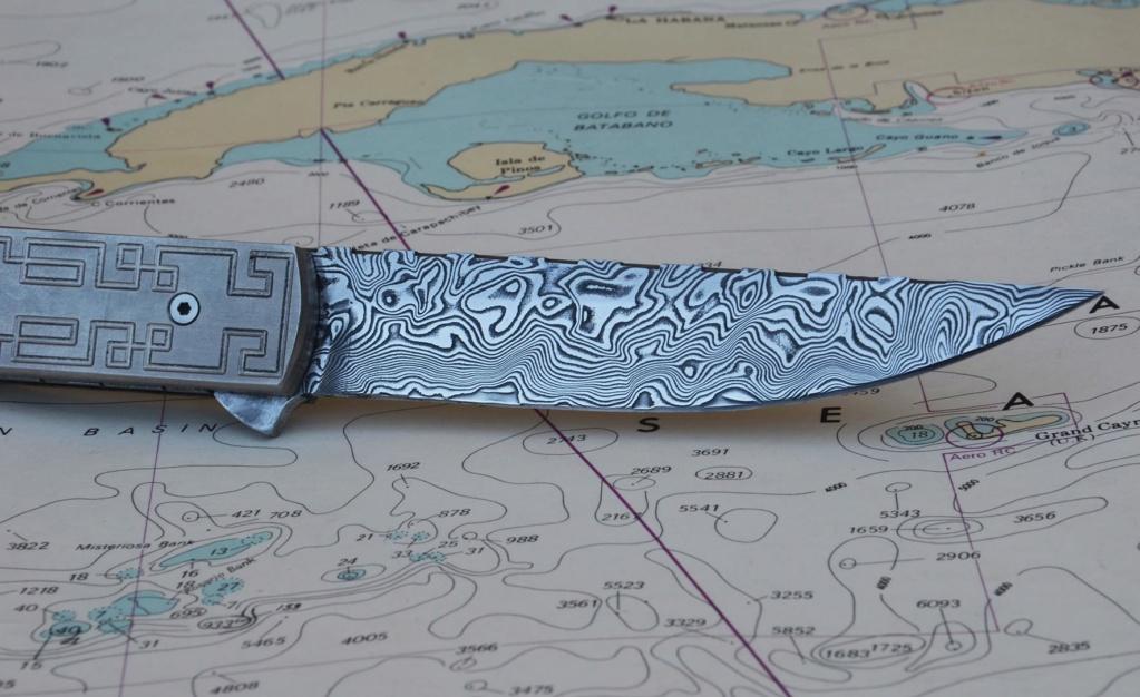 les couteaux du trefle - Page 10 Dsc_0150