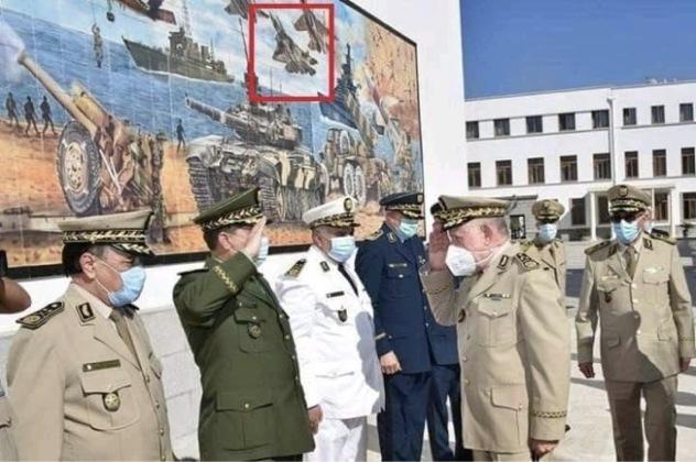 """""""تزيين"""" مبنى وزارة الدفاع الجزائرية بصورة المقاتلة """"سو-57"""" Ehimlw10"""