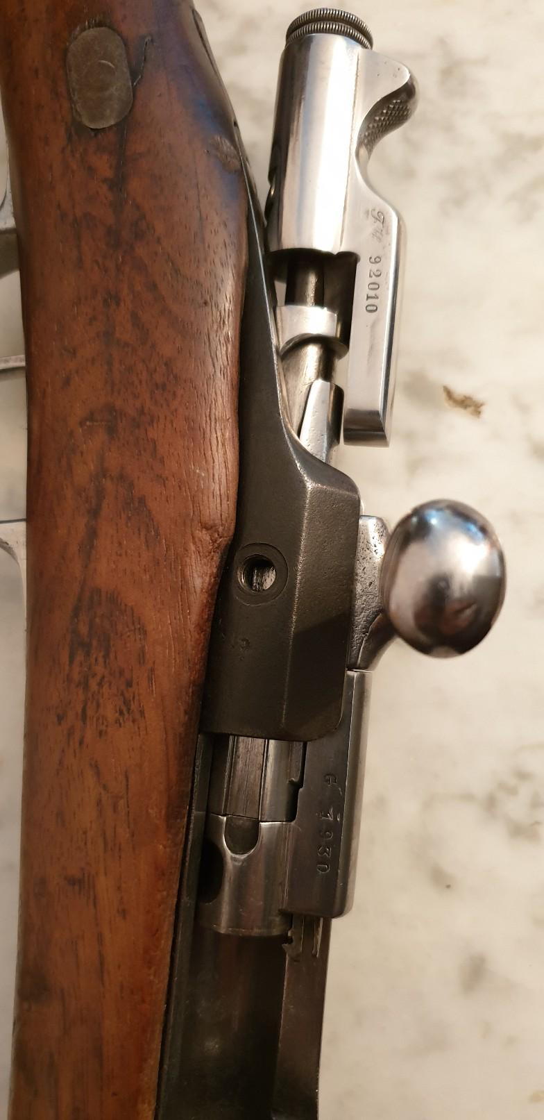 Besoin d'aide pour identifier une carabine Gras modèle 1866-1874  20191131