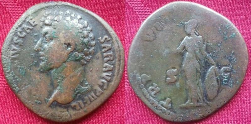 Sesterce de Marc Aurèle César buste à gauche 111111