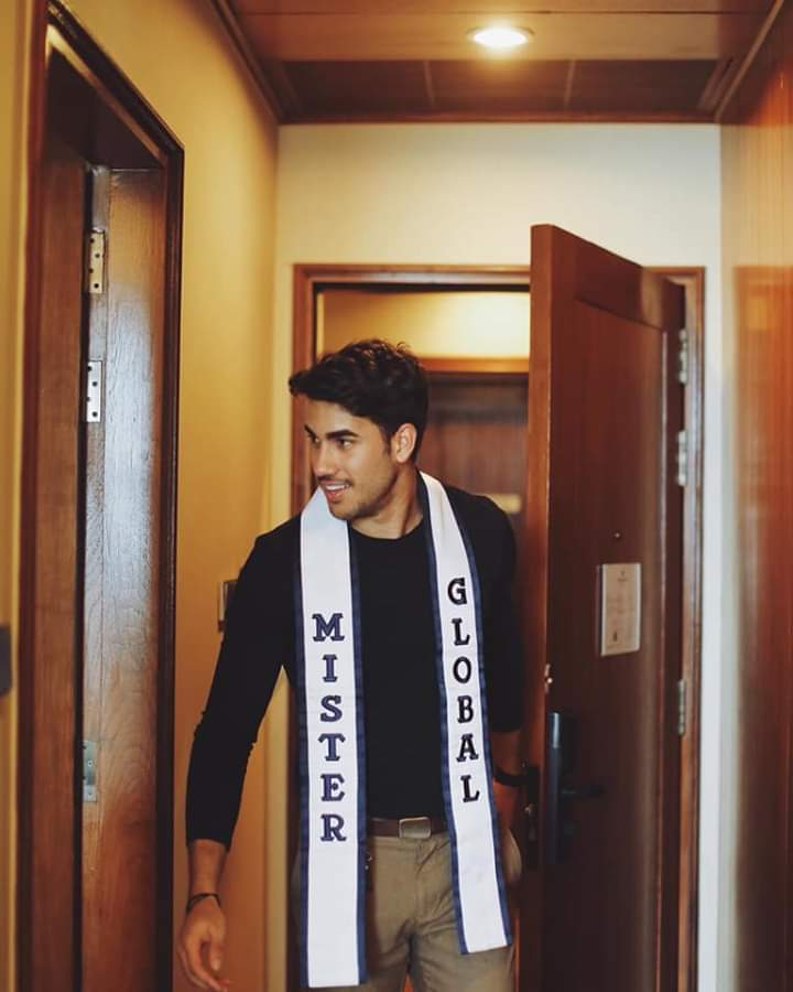 The Official thread of MISTER GLOBAL 2018: DARIO DUQUE OF USA - Page 2 Fb_im330