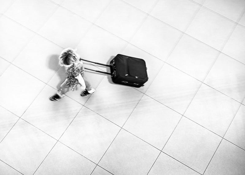 Avec son bagage  49649711