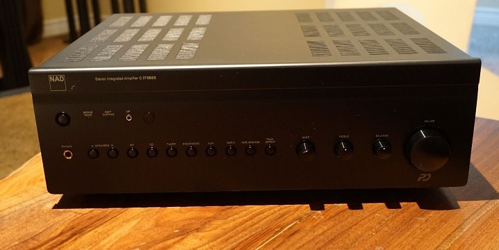 NAD C375BEE Integrated Amplifier **** Excellent Condition 0110